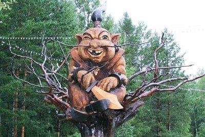 В Саянске наградили победителей фестиваля деревянных скульптур «Добродел»